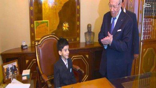 کودک ۵ ساله رئیس جمهور شد+ عکس