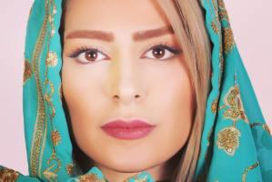 گریم سمانه پاکدل با سبیل و ابروهای پرپشت در سریال هم سایه ها