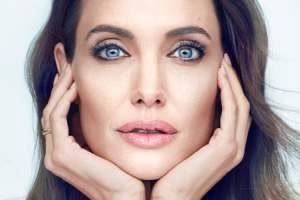 چهره آنجلینا جولی برای اولین بار پس از طلاق و جدایی از برد پیت