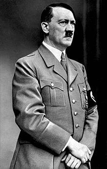 هیتلر رهبر حزب نازی آلمان انتشار این عکس را ممنوع کرده بود +عکس