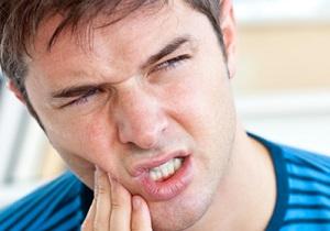 آبسه دندان را در نطفه خفه کنید, سیر و عصاره گل رز حلال مشکلات است
