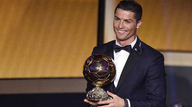چهره جدید رونالدو در آستانه مراسم توپ طلای فوتبال اروپا سال ۲۰۱۶