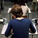 تقلب جالب دانشجوی روسی در امتحان را ببینید