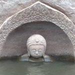 کشف یک مجسمه 600 ساله دیدنی بودا از زیر آب در چین