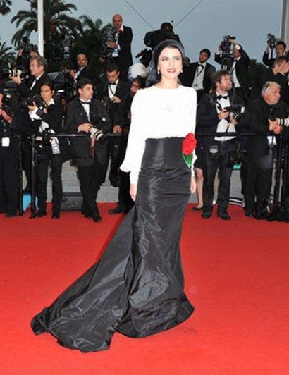 لباس لیلا حاتمی