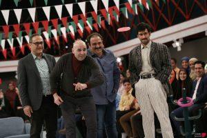 جشن پیروزی انقلاب در خندوانه