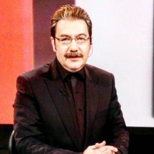گوینده مشهور خبر صداوسیما ناگهان از گود خارج شد