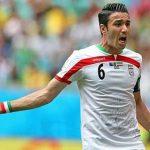 فوتبالیست معروف ایران در قصر مجللش!