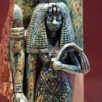 این زن ملکه مصر و مادربزرگ فرعون است