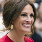 این بازیگر ۴۹ ساله، باز هم زیباترین زن جهان شد