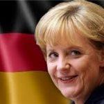 آنگلا مرکل صدر اعظم آلمان در لباسی کمتر دیده شده