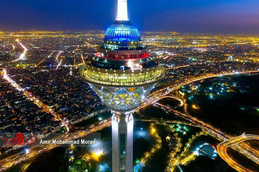 برج میلاد از نمایی خیره کننده