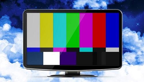 تصاویر بدون حجاب مجری تلویزیون