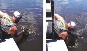 بوسه خطرناک یک گردشگر به پوزه تمساح