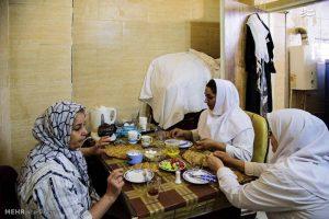 نانوایی متفاوت زنانه در کرج + تصاویر