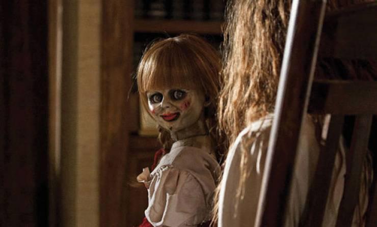 بلایی که عروسک شیطانی سر زن جوان آورد + فیلم