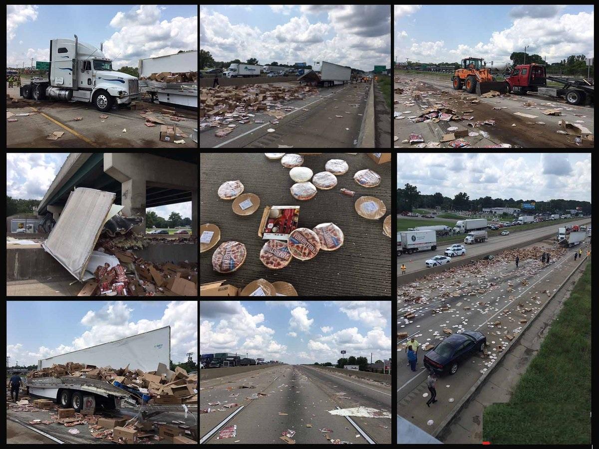 تصادف یک کامیون حمل پیتزا