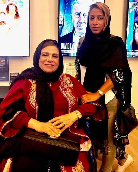 دختران گوهر خیراندیش, آزاده و آناهیتا اسماعیل خانی