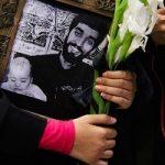 خلوت همسر شهید حججی در معراج شهدای تهران