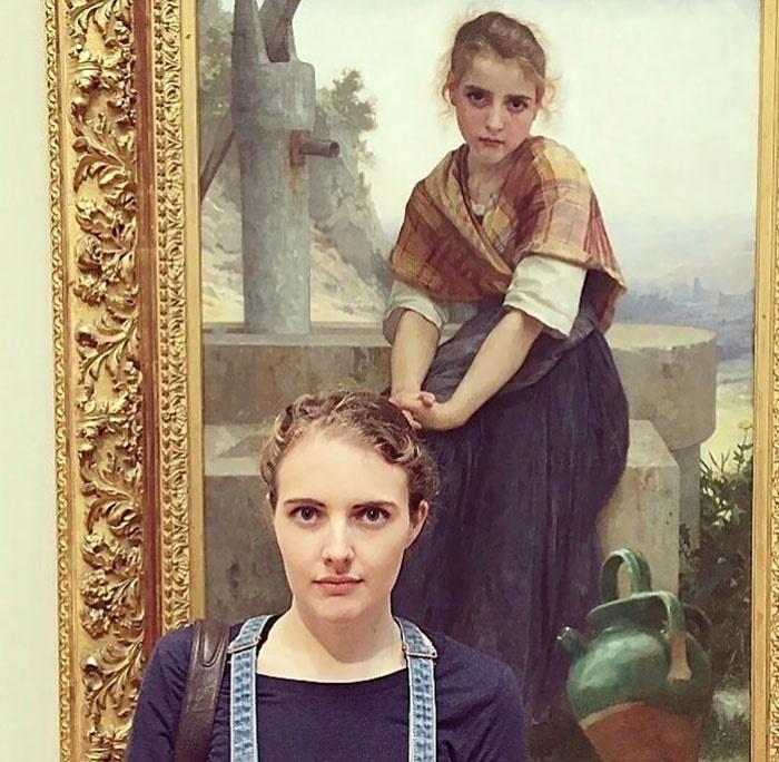 نقاشیهای قدیمی یک موزه