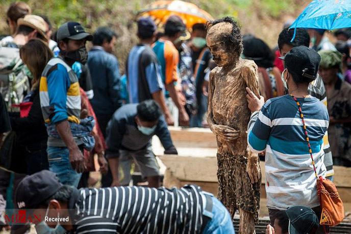 آرایش مردگان در اندونزی