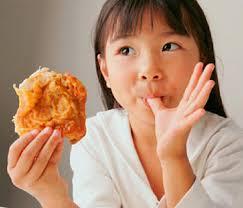 لبخند بزنید مرغ سوخاری و پیتزا بخرید