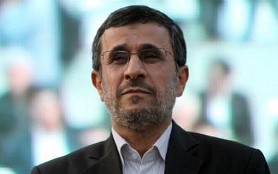 احمدی نژاد در مراسم ترحیم برادرش