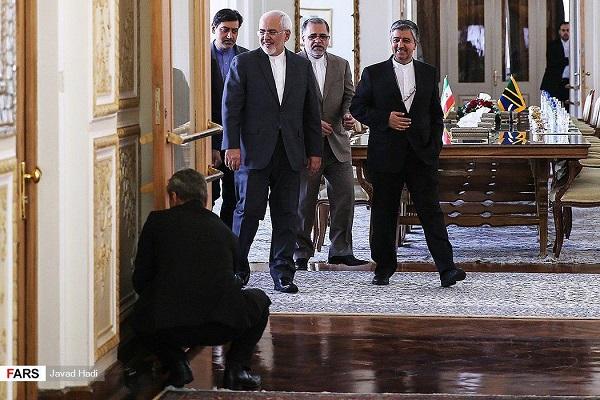 دیدار ظریف با وزیر امور خارجه تانزانیا