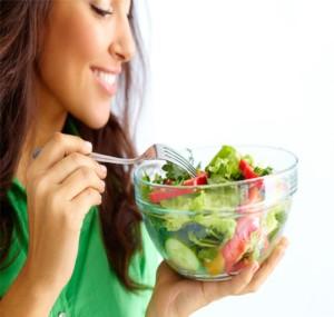 راهکاری جالب و بی دردسر برای کمتر غذا خوردن!