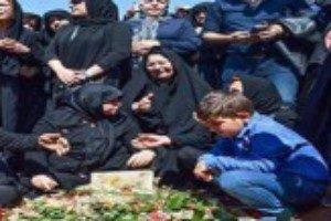 بازیگر زن معروف ایرانی عزادار شد/ درگذشت پدر نگار جواهریان