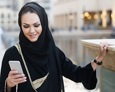 دست و دلبازی های پادشاه عربستان برای دانشجویان دختر