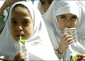 توزیع شیر بین دانشآموزان از کی آغاز میشود؟