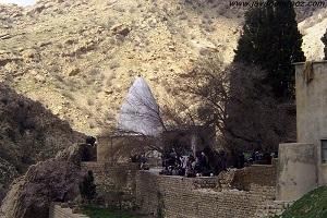 ایجاد شکاف در زمین دالاهو کرمانشاه