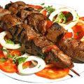 آشپزهای اروگوئهای بزرگترین کباب جهان را پختند