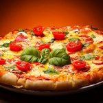 اولین مرکز تولید پیتزای جهان در ایتالیا