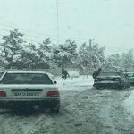 کنایه پوریا پورسرخ به شورای شهر و شهرداری در روز برفی