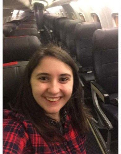 تنها مسافر هواپیمای 300 نفره