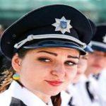 رفتار عجیب پلیس زن با راننده بی ادب!