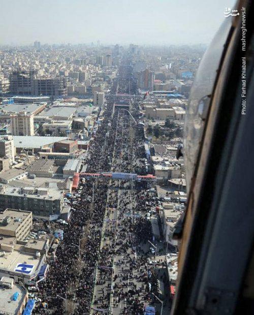 راهپیمایی مردم در ۲۲ بهمن