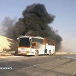 آتش سوزی یک دستگاه اتوبوس مسافربری در آزادراه تهران-قم