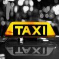نخستین راننده تاکسی زن افغانی
