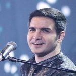 وضعیت جسمانی «محسن یگانه» بعد از بی حالی در کنسرت رامسر