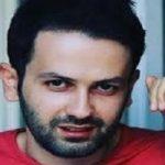 توهین به ساحت امام رضا(ع) توسط روزنامه نگار اصلاح طلب و خشم کاربران