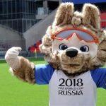 استاد میکرو مینیاتور روسیه نماد جام جهانی ۲۰۱۸ را روی دانه گندم حکاکی کرد