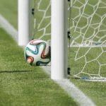 یک زن درنهایت ناباوری مربی تیم فوتبال مردان شد !!