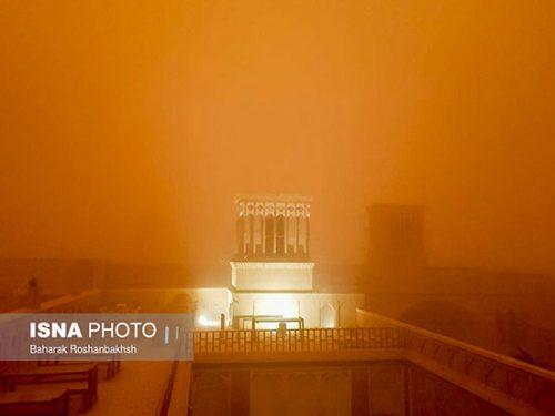 طوفان در یزد