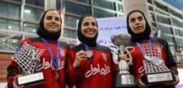 تصاویری دیدنی از بازگشت دختران فوتسال ایران به کشور در فرودگاه