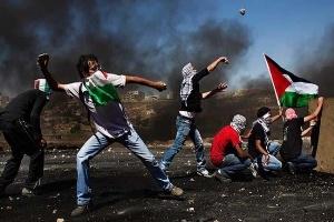 خاصترین مبارز فلسطینی در حال مبارزه با رژیم صهیونیستی