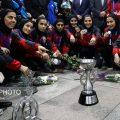 استقبال گرم مردم از بازگشت دختران فوتسال ایران به کشور