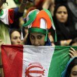 تصویری از حضور بانوان در استادیوم آزادی و تماشای بازی ایران